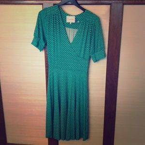Patterned mid length  jersey dress (green)